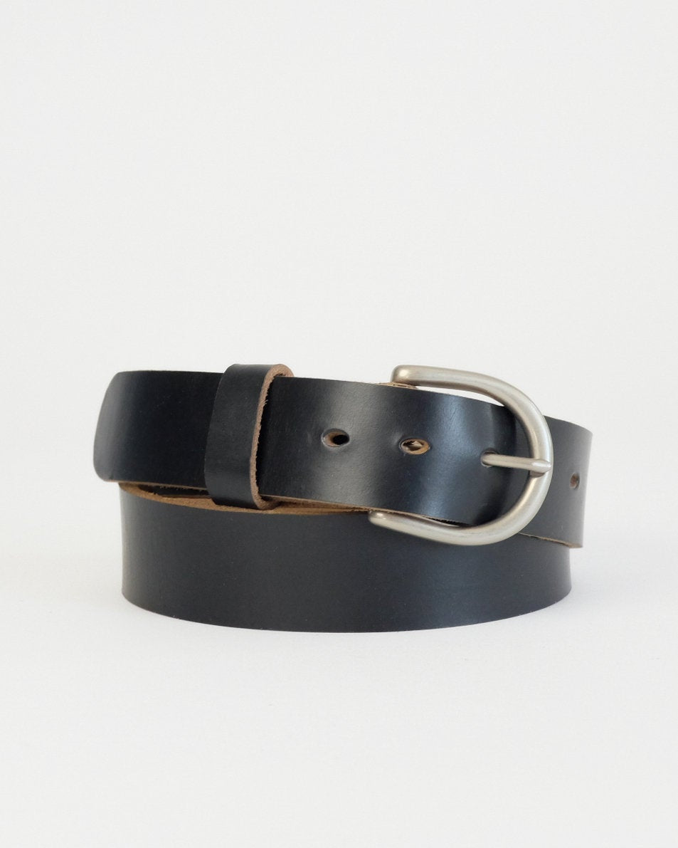 Horween Black Chromexcel leather Daniel belt