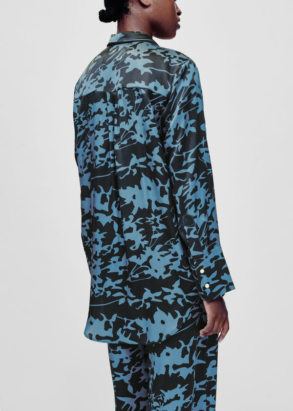 Black and blue printed silk oversized shirt