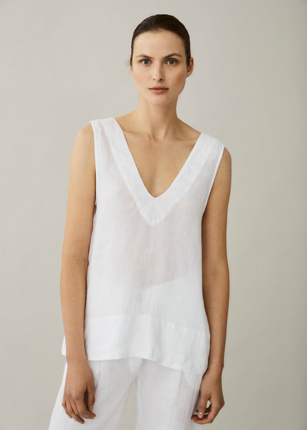 white v neck linen top