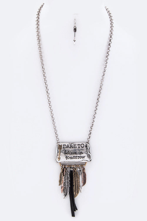 {DARE TO Charms Necklace Set}