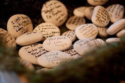 Wedding traditions - Messages on a stone