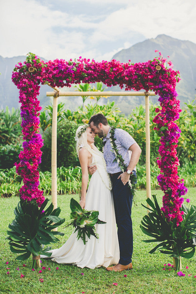 Hawaii Fuchsia Wedding