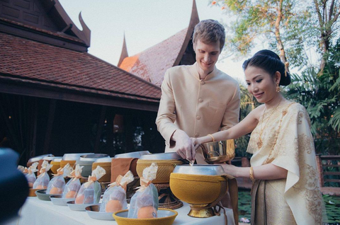 Wedding Traditions - Thai Wedding