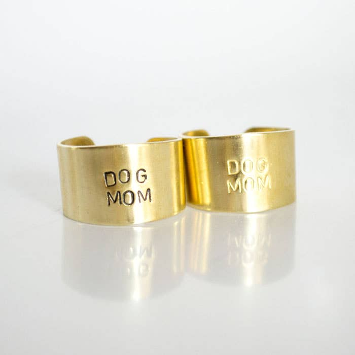 DOG MOM ring