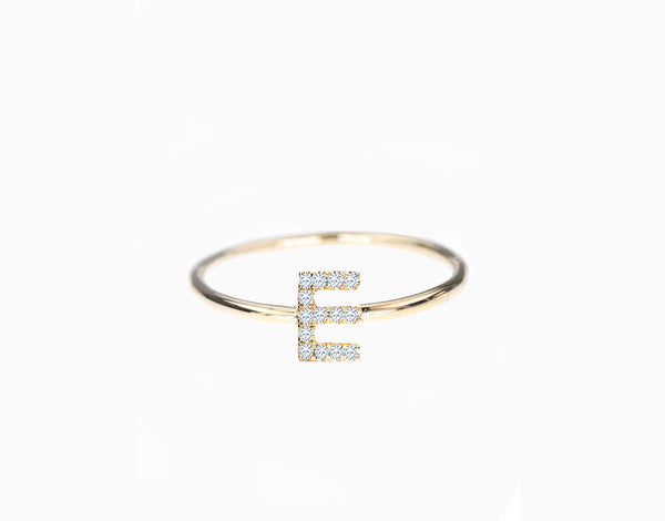 Initial Diamant Ring