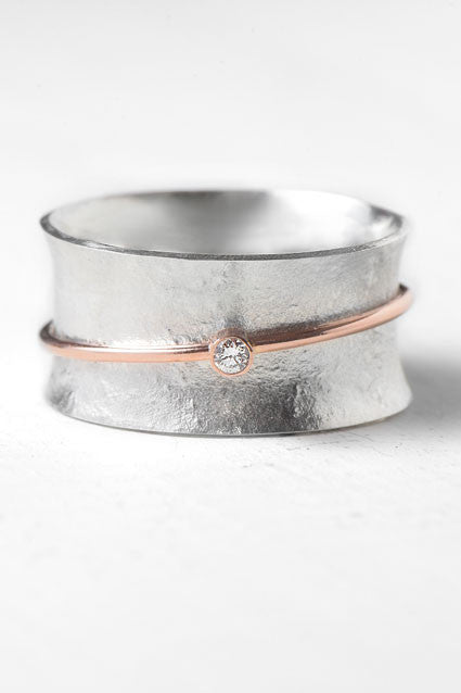 rose gold spinner ring