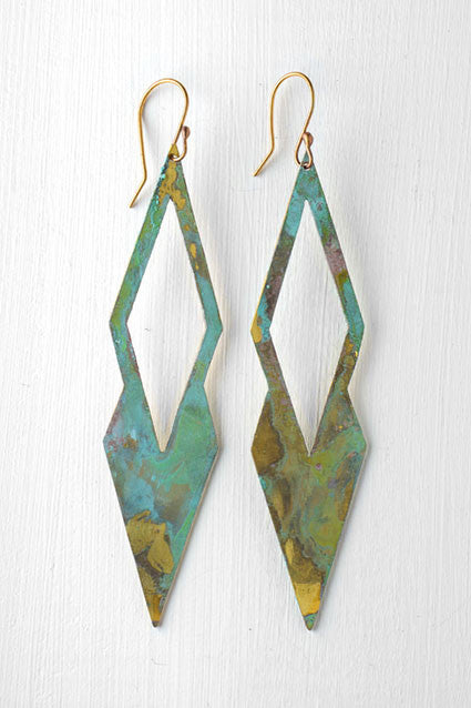 diamond shaped earrings green and gold