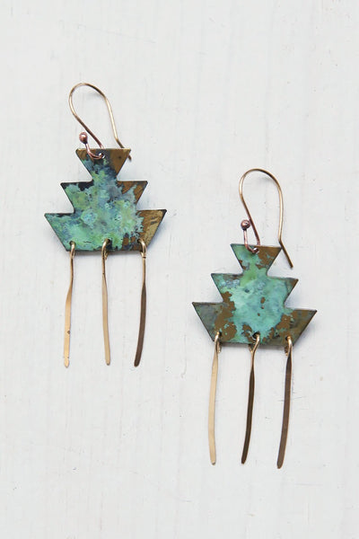 Short tribal earrings with fringe