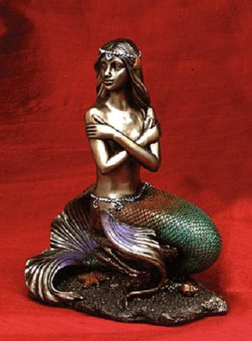 Figurine    Mermaid Sitting Arms Crossed