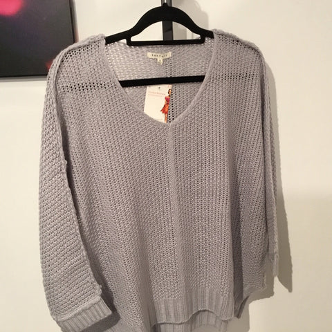 High Low Sweater Top. (Grey)