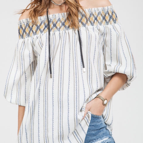 Off shoulder print top