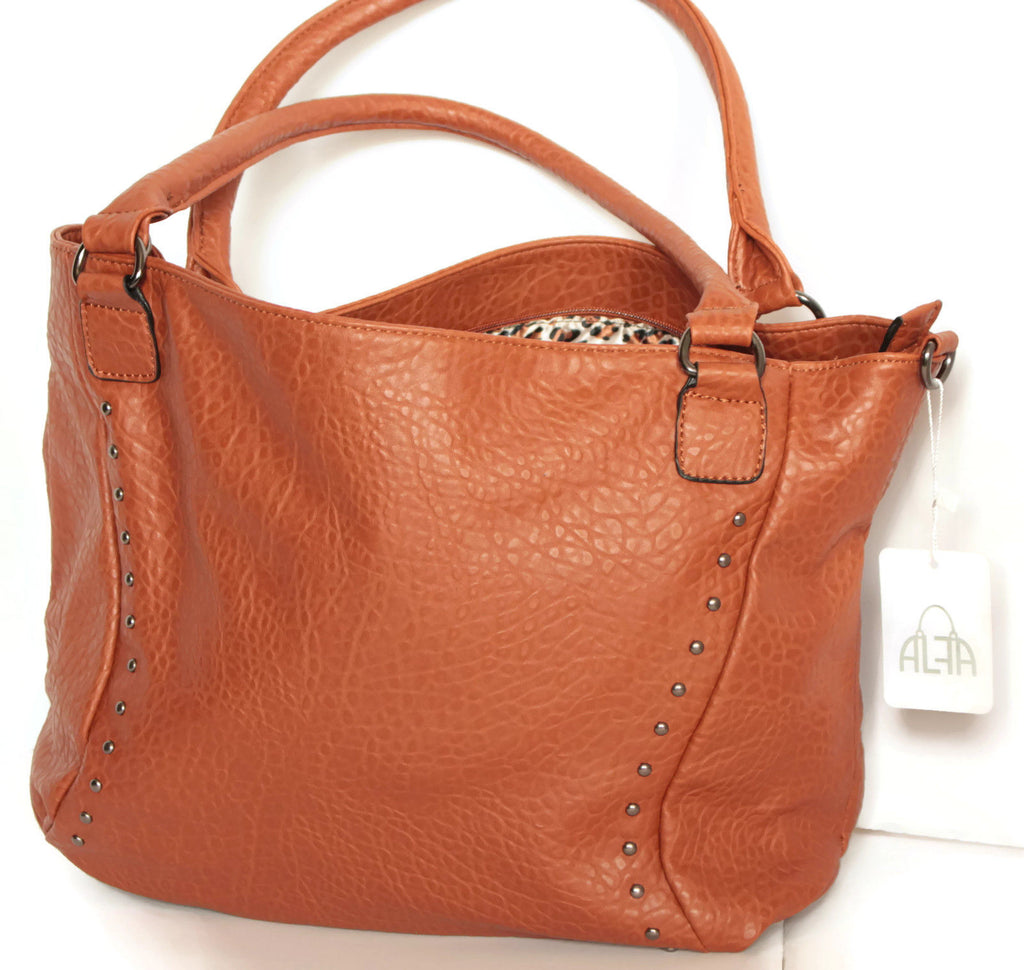 PATENT LEATHER HOBO HANDBAG