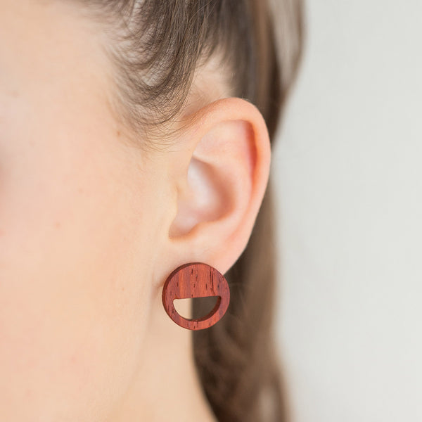 red padauk round earrings