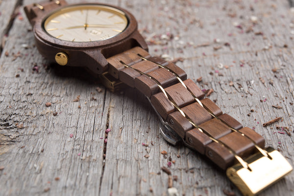 Original walnut wood grain watch, wood steel  band, ash wood dial