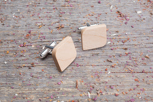 Rounded square maple cufflink
