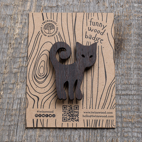 black cat wooden pin