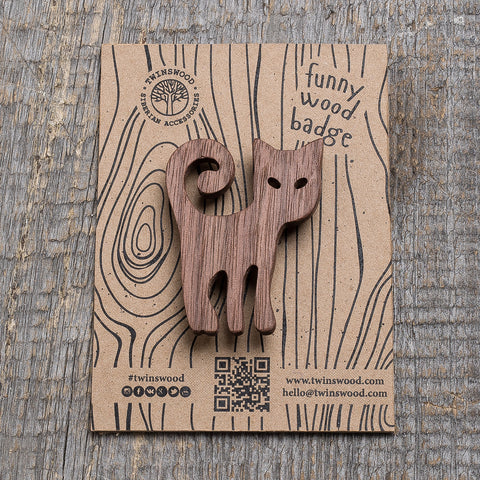 gray cat wooden pin