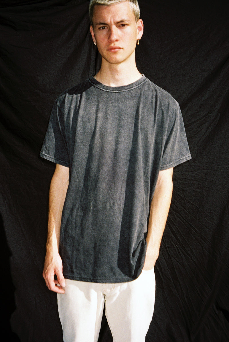 "EARTHCORE TEE / WASHED BLACK ""unisex"""