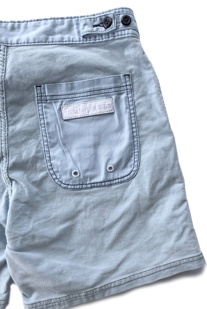 "D E A D S T O C K walk short ""90s blue"""