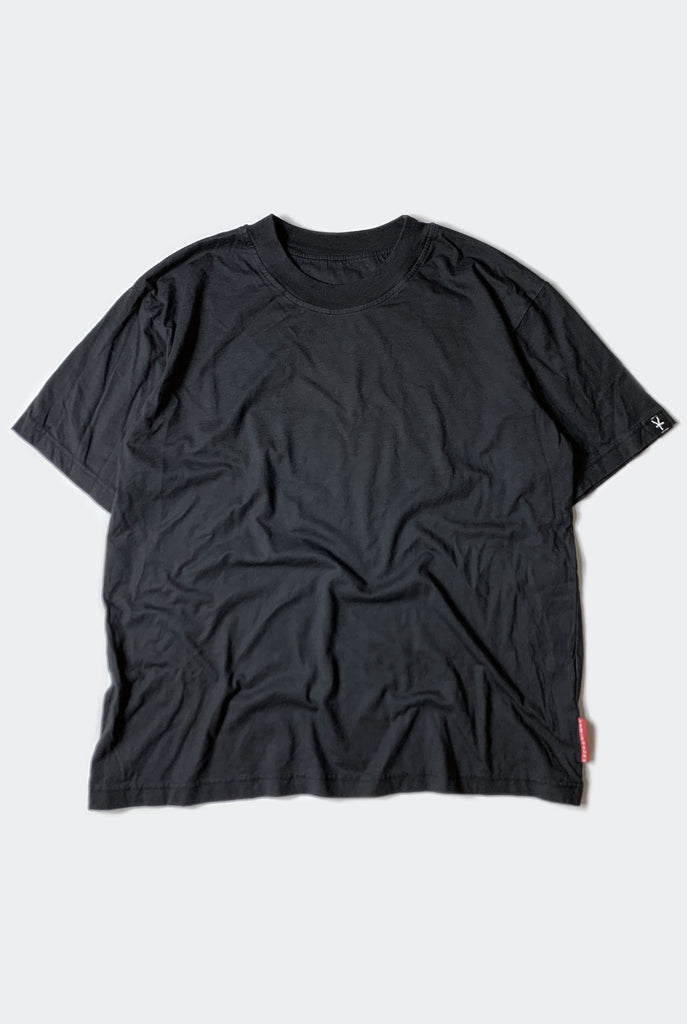CORE TEE  / FADED BLACK
