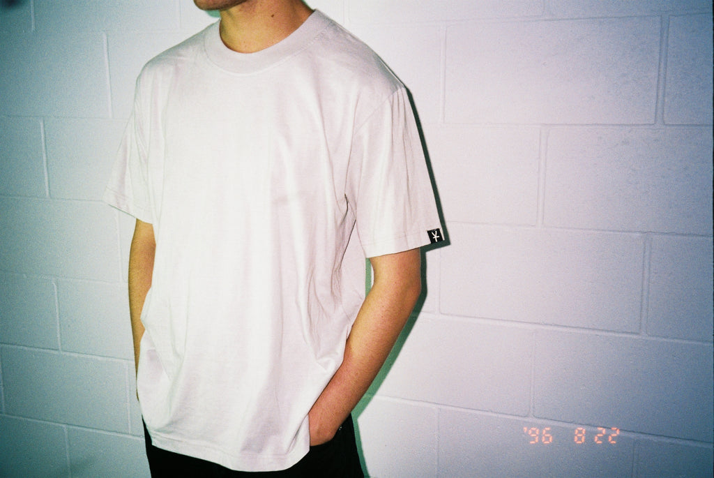 CORE TEE  / DIRTY WHITE