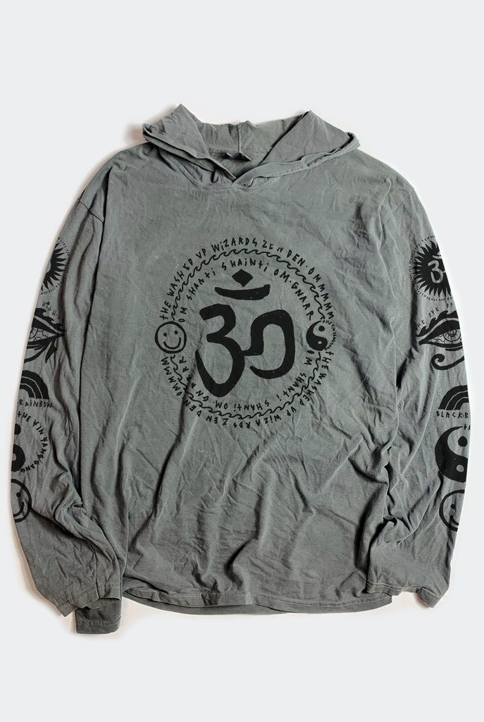 OM MY GOD HOODED TEE / WASHED GREY