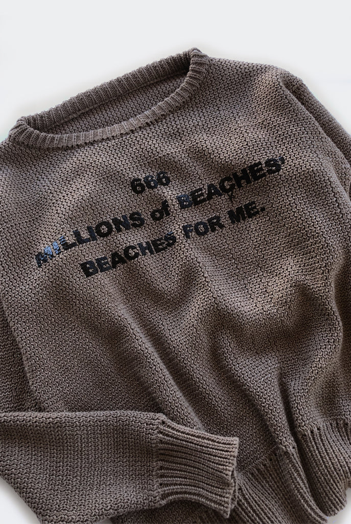 BEACHES sweater / tan