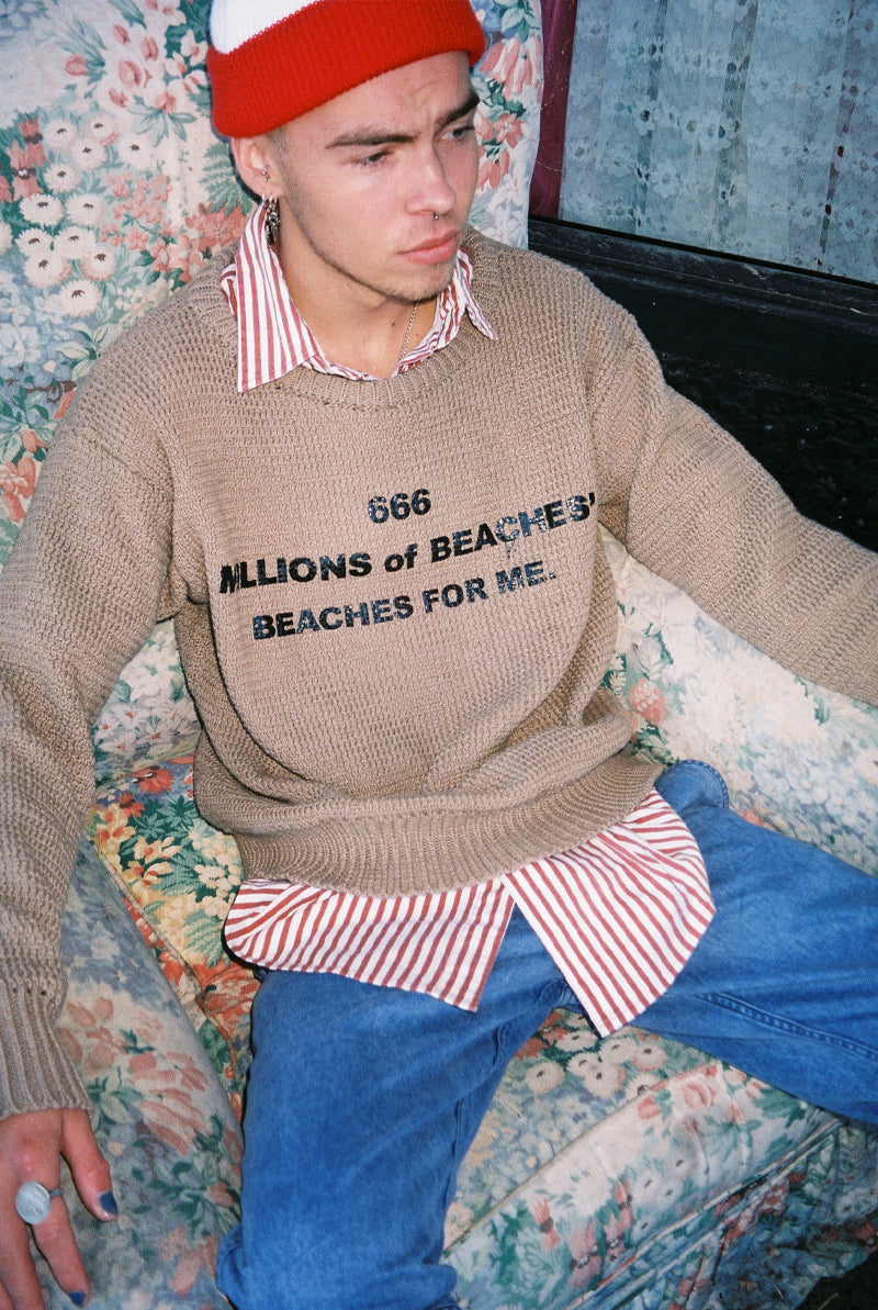 BEACHES sweater / tan PREORDER