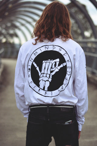 "team long sleeve tee / white ""unisex"""
