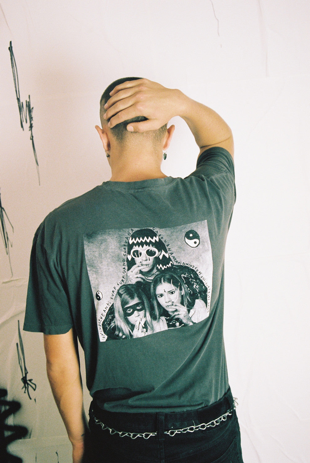 the INFLUENCE tee / vintage black