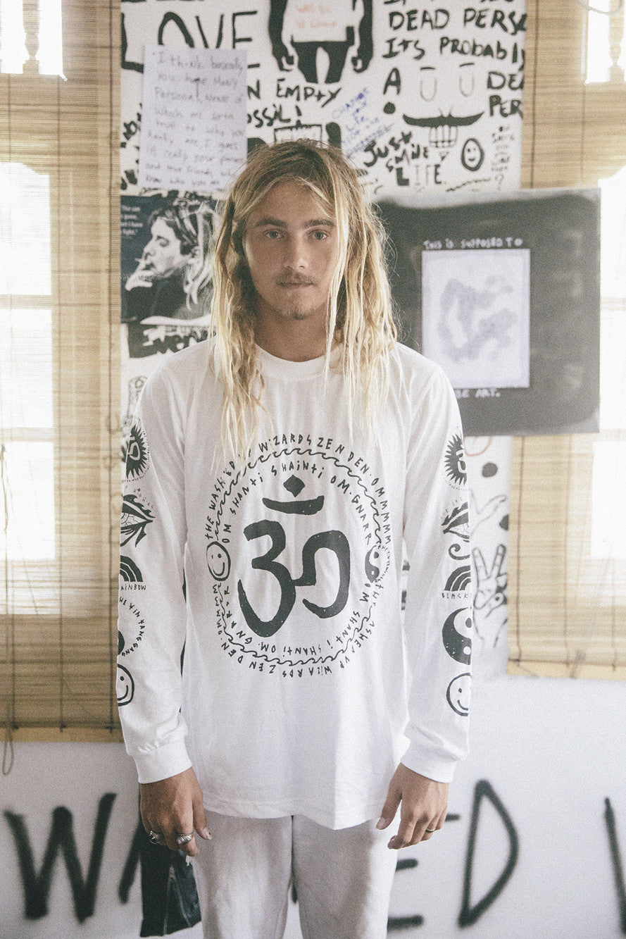 om my god tee / white