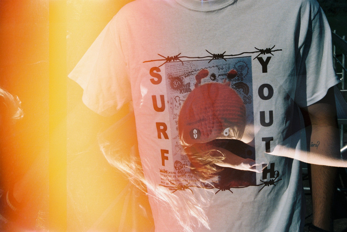 SURF YOUTH TRIBUTE TEE / WHITE