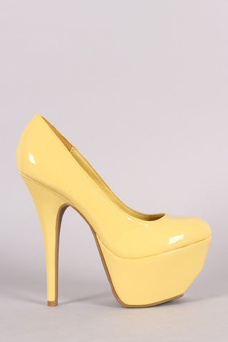 Dollhouse Patent Platform Pump - Beauty & Bronze Clothing and Accessories