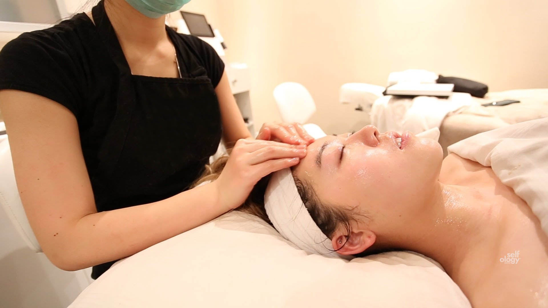 Soothing Facial - Needless Mesotherapy