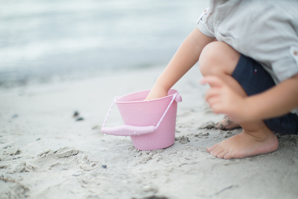 Silicone Beach Bucket - blush