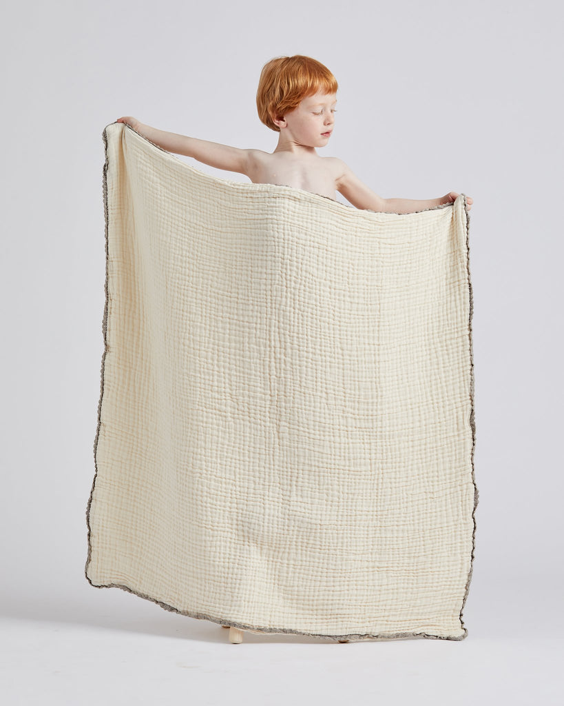 lace baby blanket / full size - clay<br>Willaby