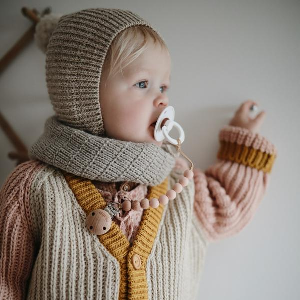 Pacifier Clip | Cleo - pale taupe