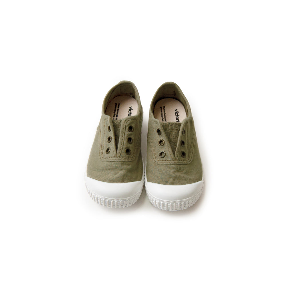 Organic Canvas Sneakers - aloe <br> Victoria