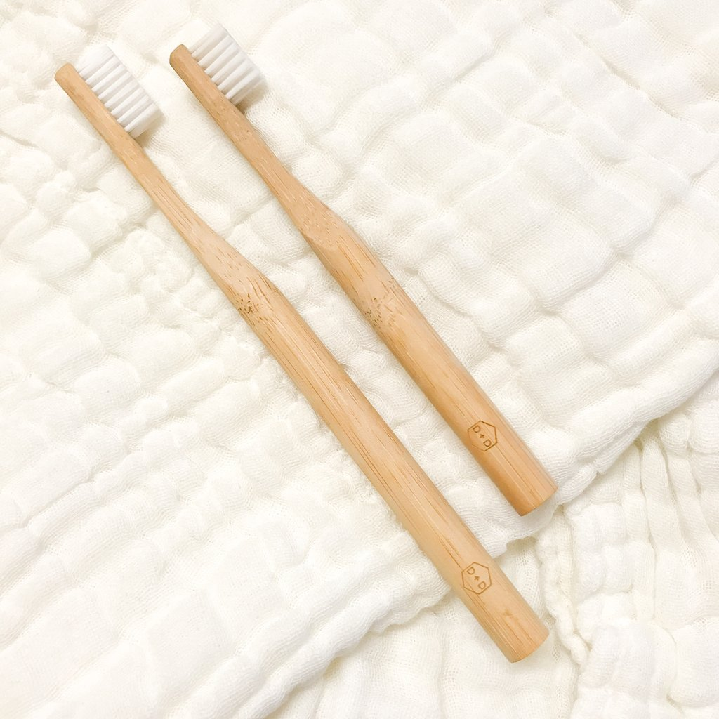 Adults Eco Toothbrush<br>by Dove and Dovelet