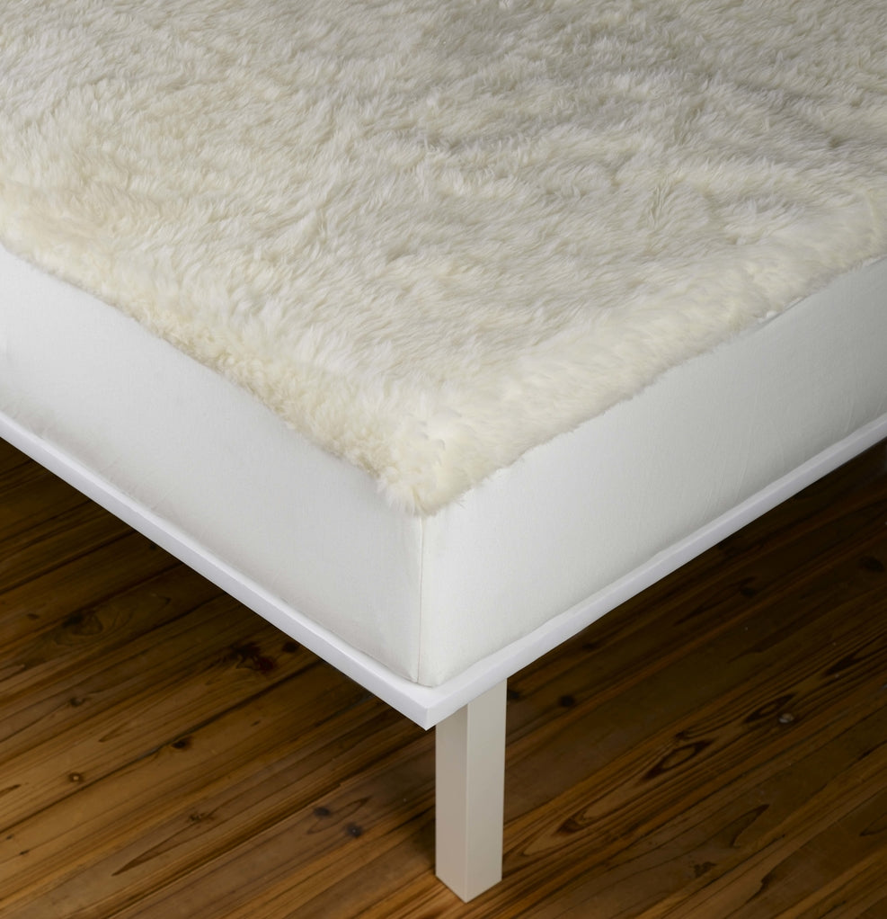 Cool & Cozy fitted two-sided mattress fit on your bed.