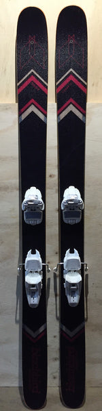 The Blackbird Bespoke Ski