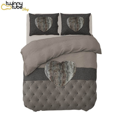 TAUPE HEART BLACK