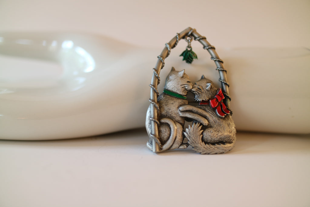 Meow Under the Mistletoe Vintage Pewter Pin by JJ
