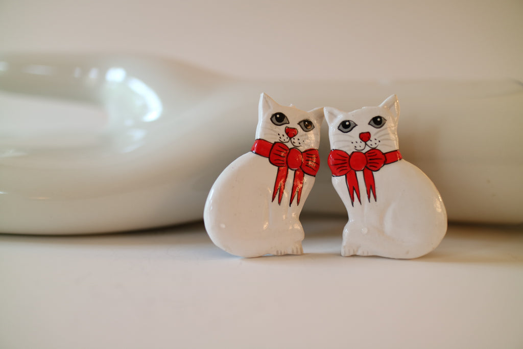 White Catmas Cat Holiday Earrings