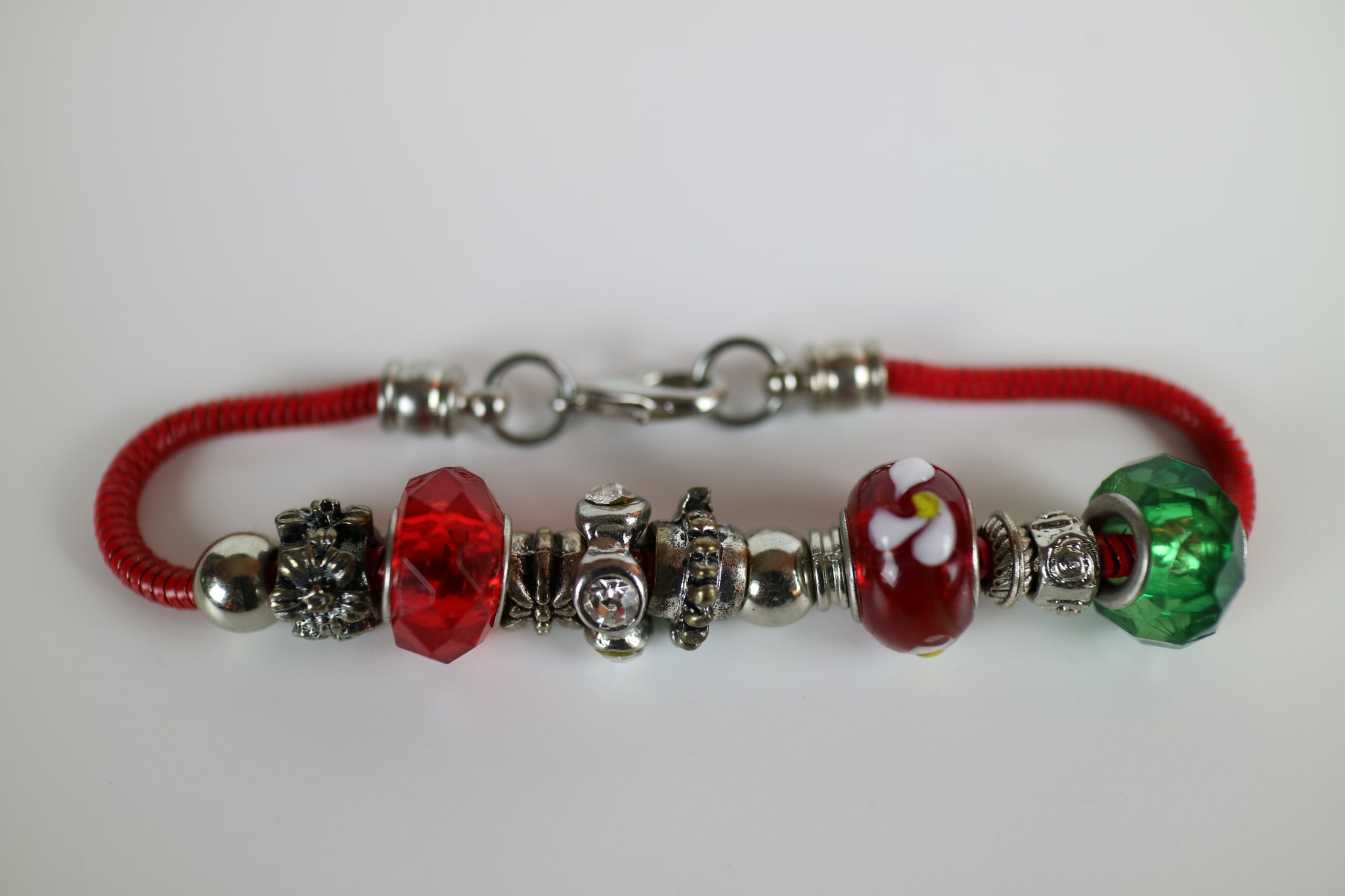 Merry Murano Glass Bead and Red Chain Bracelet