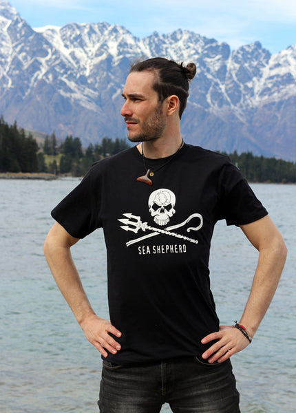 Jolly Roger Men's Tee