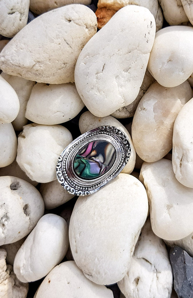 Adjustable Vintage Silver Opal Ring with band detailing