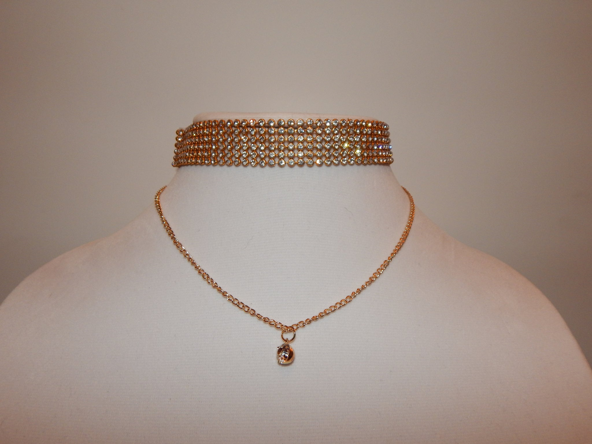 Gold 6-Rowed Choker