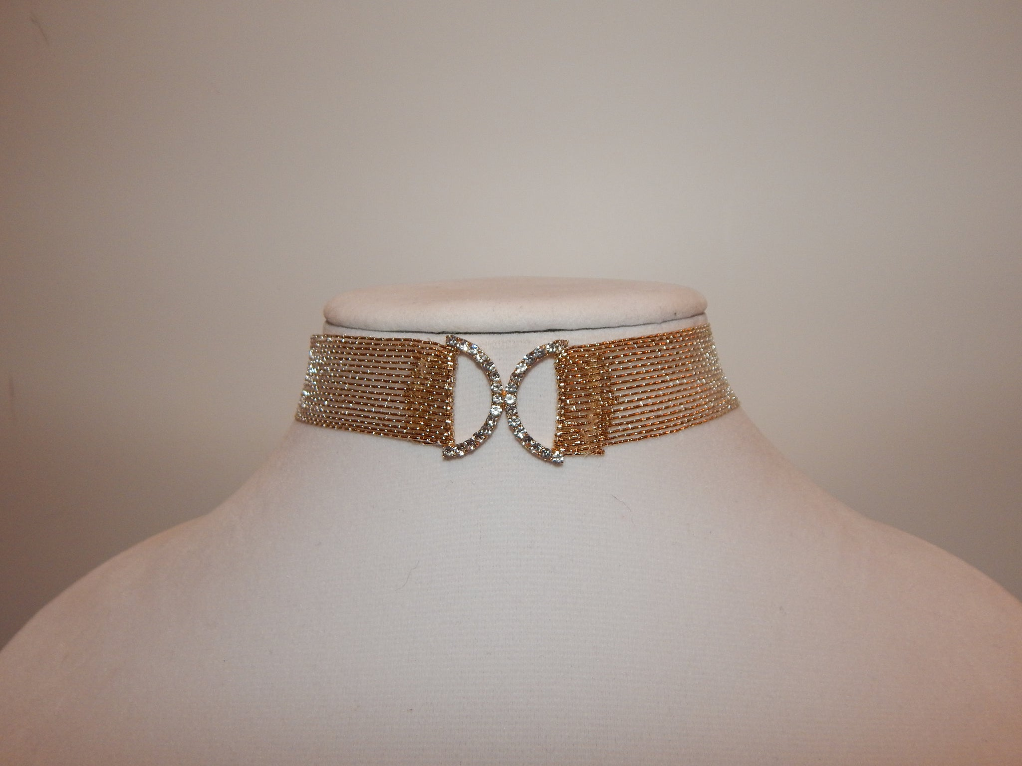 Gold Intersecting Choker