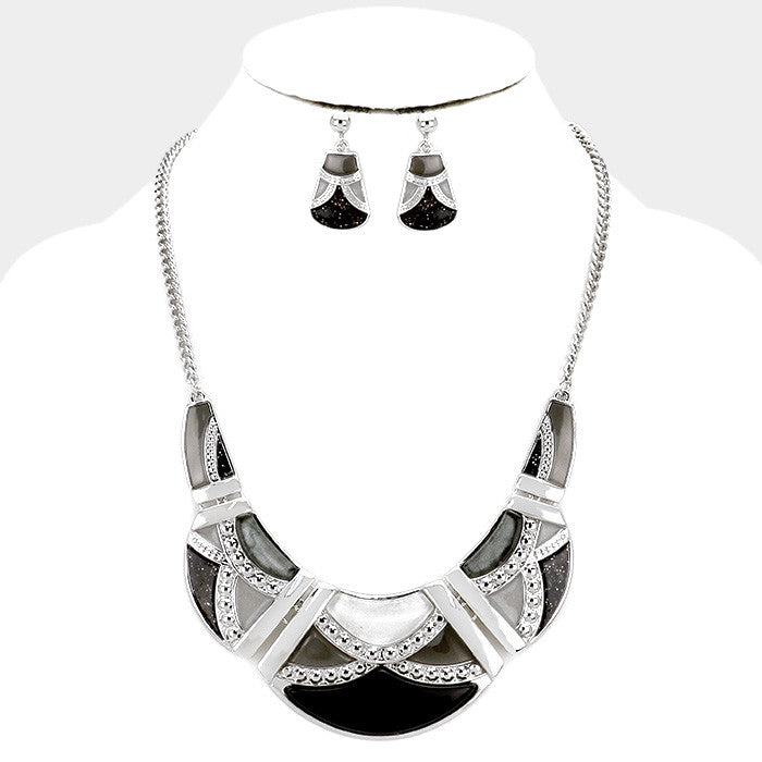 Black Epoxy Crescent Necklace Set